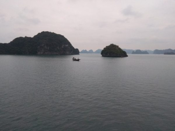 Oasis Bay Party Cruise – Halong Bay Vietnam