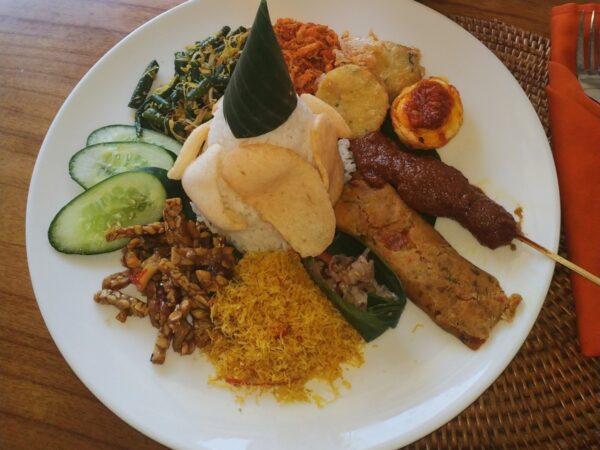 Best Nasi Campur – Yulia's Kitchen – Kuta – Bali