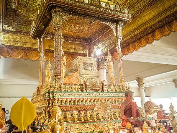 Wat Tham Suea day trip idea